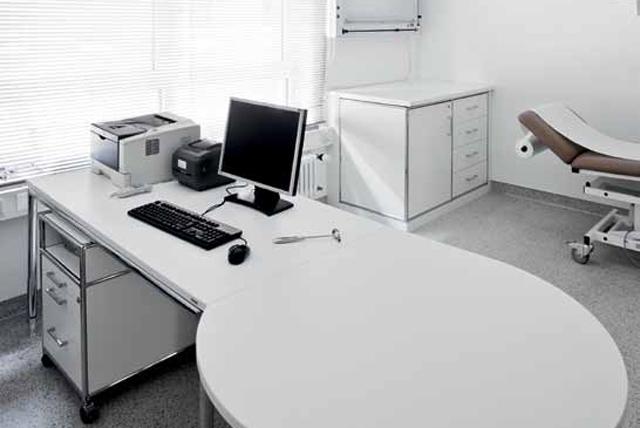 Krankenhauseinrichtung für das Sprechzimmer