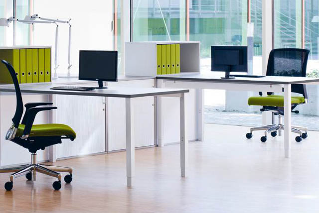 Moderne Büromöbel für den Arbeitsplatz