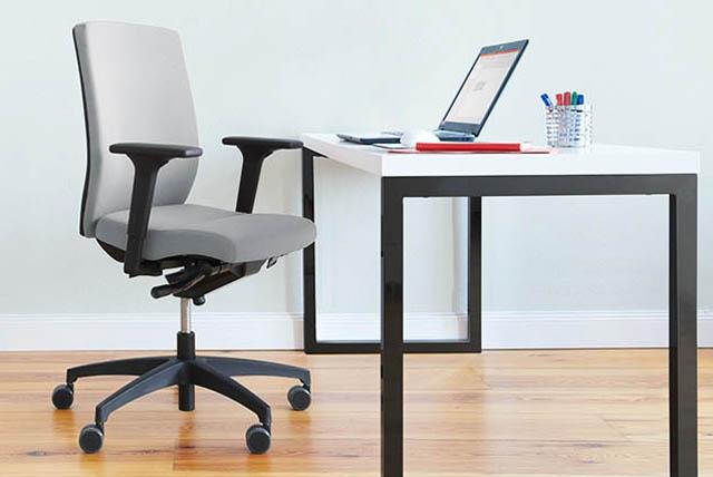 Moderne und ergononomische Bürostühle