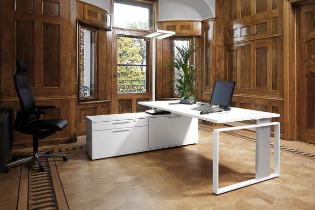 Leuwico Büromöble für Chefs