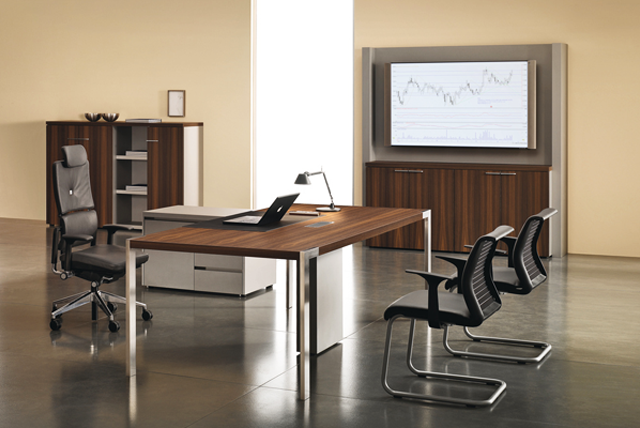 Möbel für Chefzimmer von Steelcase