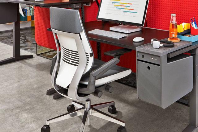 Ergonomischer Bürostuhl für den Arbeitsplatz