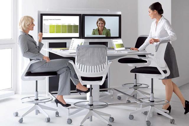 Möbel für Konferenzräume von Steelcase